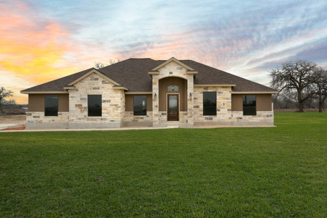 Image for 308 Abrego Lake Dr, Floresville, TX 78114